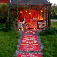 Guest post: Quirky Valentine's ideas - romantic summer house evenings