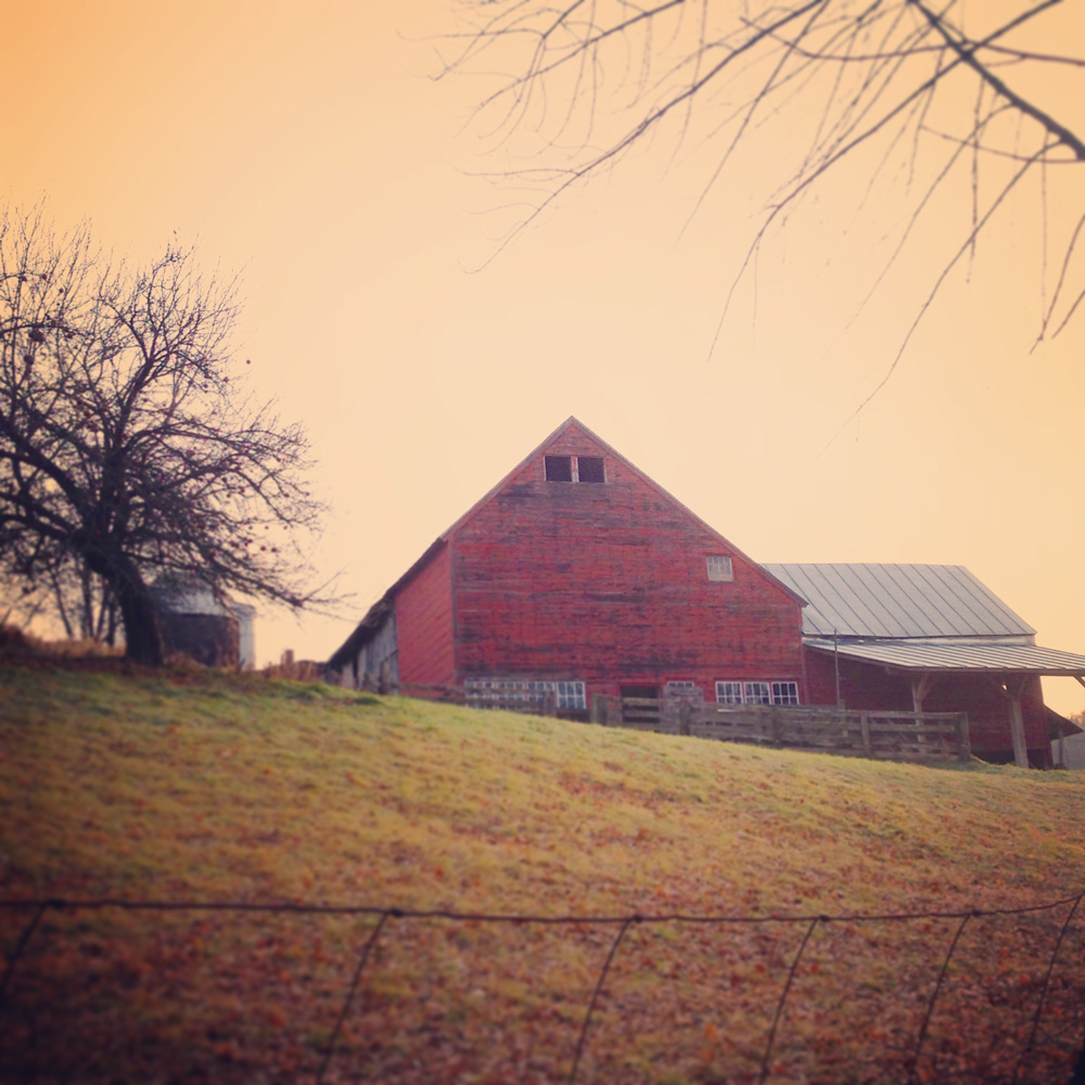 tuesday-barn © Sue Schlabach